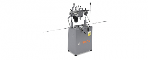 TKE 151 - Single-head copy router with manual downfeed